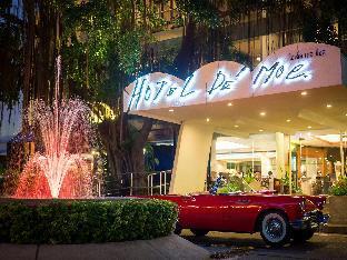 ロゴ/写真:Hotel De Moc