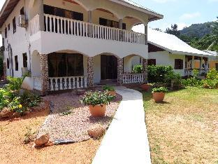 booking Seychelles Islands JML Hollidays Apartment hotel