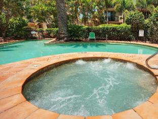 Turtle Beach Resort Gold Coast - Adults only spa