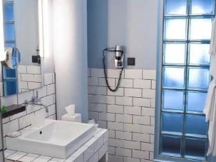 Hotel Ku'Damm 101 Βερολίνο - Μπάνιο