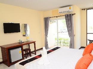 Juntima Boutique Hotel guestroom junior suite