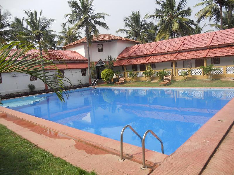 Kailash resort ecr chennai india for Beach resort in chennai with swimming pool