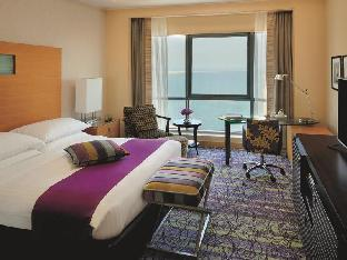 Mövenpick Hotel West Bay Doha Hotel in ➦ Doha ➦ accepts PayPal.