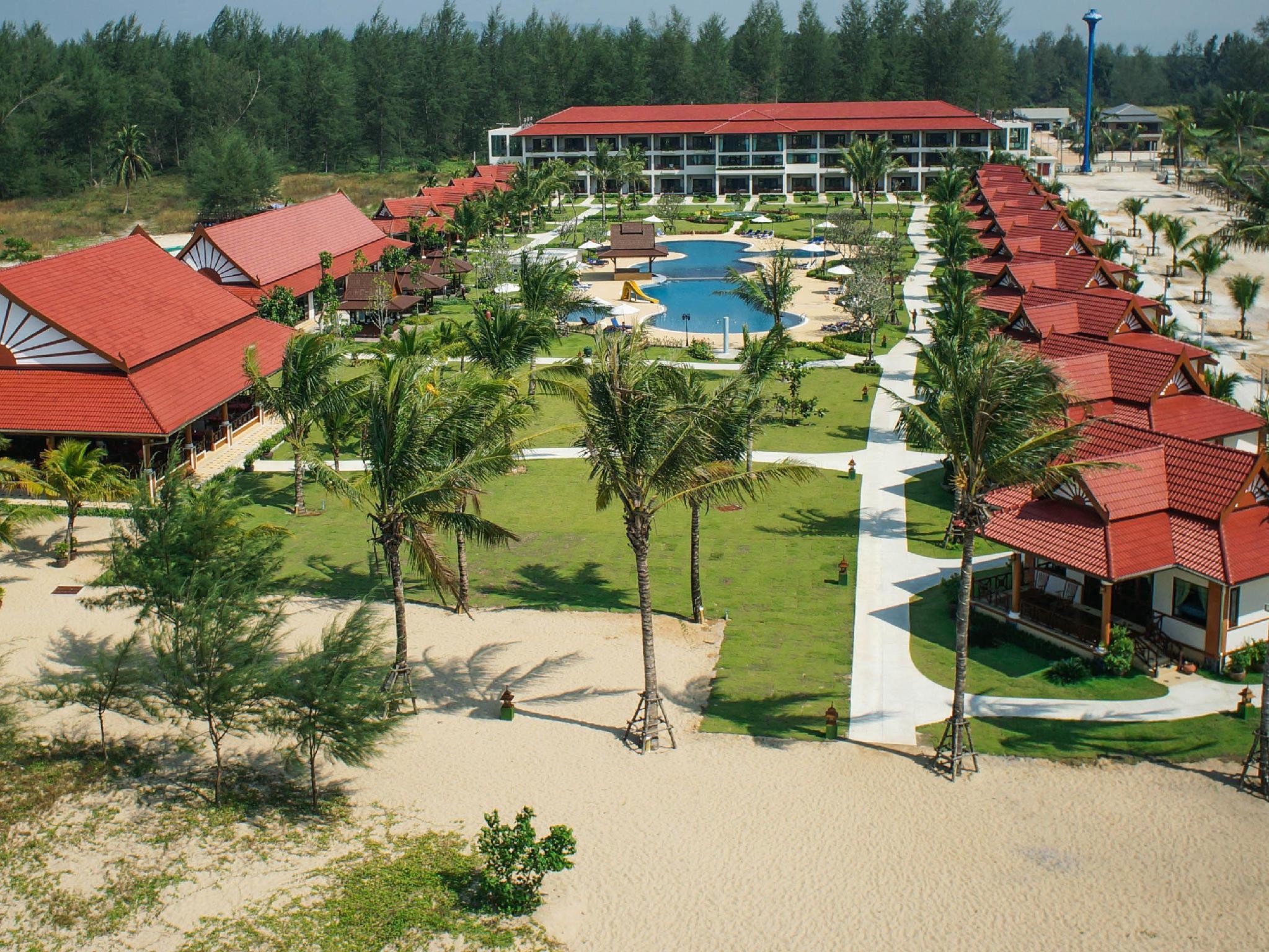 The Sunset Beach Resort Kho Khao Island,เดอะ ซันเซ็ต บีช รีสอร์ต เกาะขาว