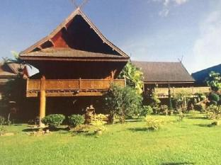 Jaiya Mongkol Bed and Breakfast