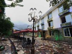 Panshan Tingquan Tuwo Holiday Resort, Mount Emei