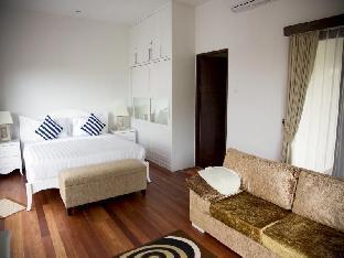 Club Corner Residence By Nagisa Bali