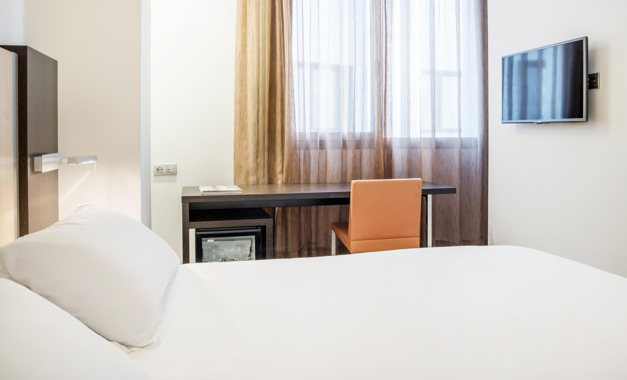 Ilunion Aqua 4 Hotel – Valencia 2