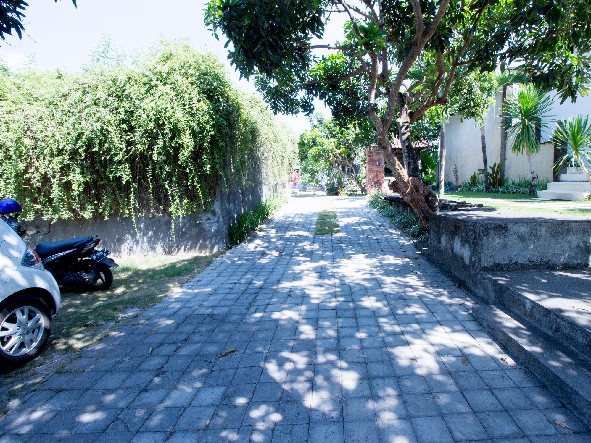 De Dayeuh Villa 1
