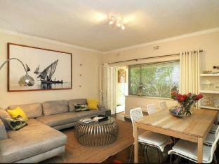 Caprice Camps Bay Apartment