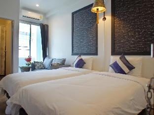 Walking Street Residence guestroom junior suite