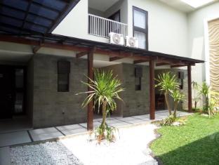Shinta Guesthouse - Malang
