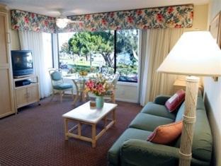 Laguna Shores Hotel
