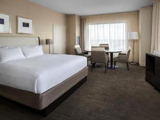 room of Hyatt Reg Pittsburgh Intl Ap