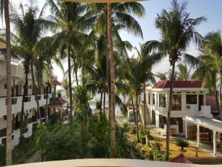 Mindorinne Oriental Beach Resort
