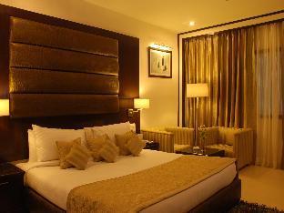 Hotel Shanti Palace and Spa