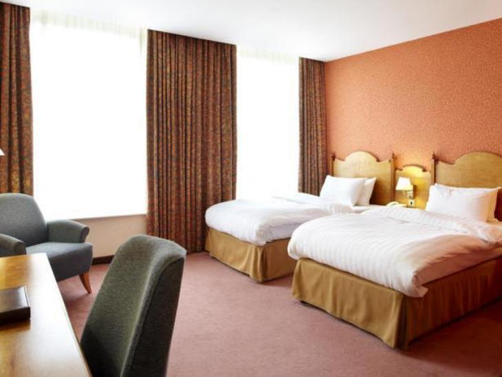 Best Western Plus Cedar Court Hotel Harrogate photo 2