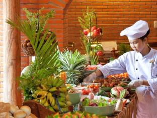 Long Beach Resort - Phu Quoc Island Phu Quoc Island - Buffet