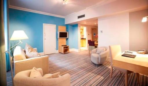 Best PayPal Hotel in ➦ London: Kensington Close Hotel
