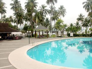 Waterfront Insular Hotel Davao Davao City - Piscină