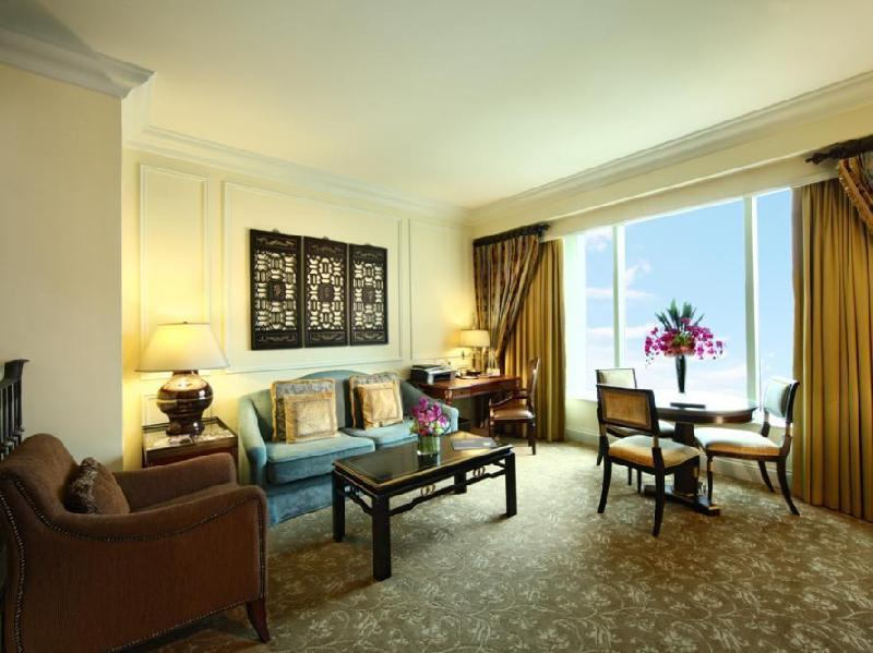 Cotai View Royale Suite