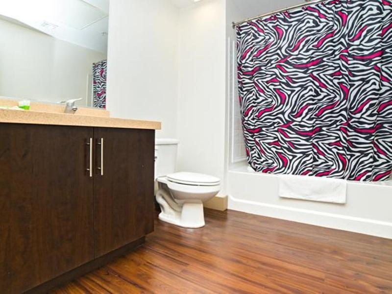 Hollywood Downtown Apartment - Los Angeles, CA 90028