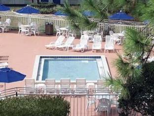 Econo Lodge Inn & Suites Orlando (FL) - Swimming Pool