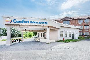➦  Choice Hotels    (Ontario) customer rating