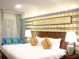ンドル ストリームサイド タイ ヴィラズ Ndol Streamside Thai Villas