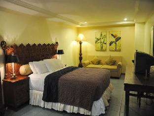 Accommodations In Davao Hotels Crown Regency Residences
