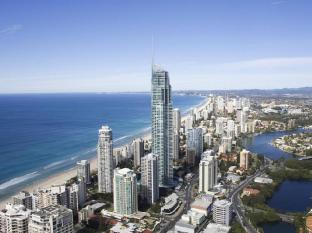 Q1 Resort and Spa Gold Coast - Surroundings