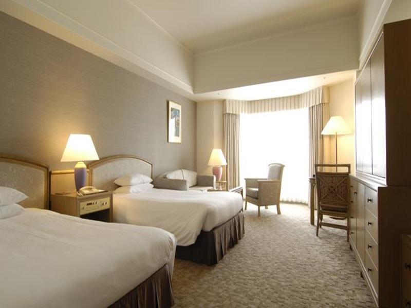 Kyoto HotelsRoyal Oak Spa U0026 Gardens Hotel