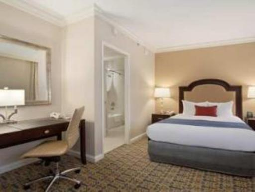 Capital Hilton Hotel hotel accepts paypal in Washington D.C.
