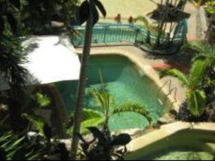 Toscana Village Resort Whitsundays - Swimming Pool