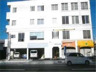 Business Hotel White image