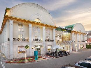 MCC Mazurkas Conference Centre Hotel