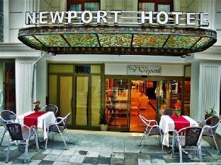 THE NEWPORT HOTEL  class=