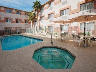 trivago Comfort Suites Tempe Hotel