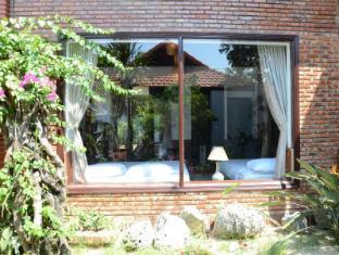 Viet House Hoi An Homestay -