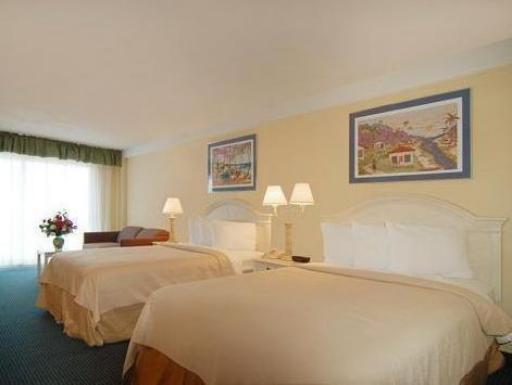 Quality Inn and Suites Oceanfront Virginia Beach hotel accepts paypal in Virginia Beach (VA)