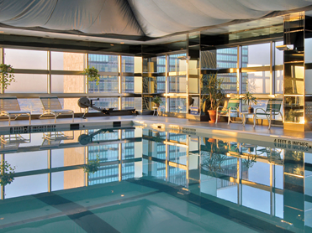 ONE UN Hotel New York New York (NY) - Swimming Pool