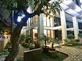 Anahaw Apartments Whitebeach