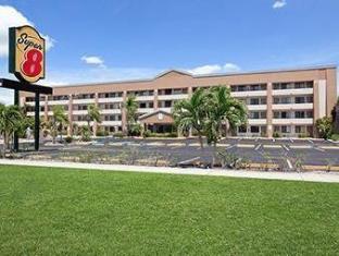 Super 8 Ft. Myers Fl Hotel