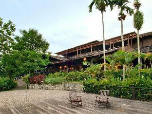 Batang Ai Longhouse Resort