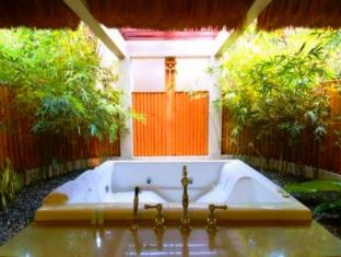 Eskaya Beach Resort and Spa Bohol - Bagno