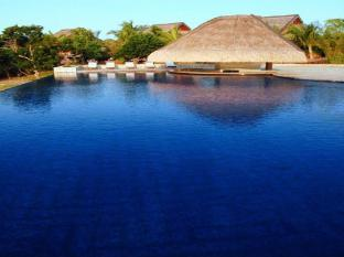 Eskaya Beach Resort and Spa Bohol - Swimming Pool