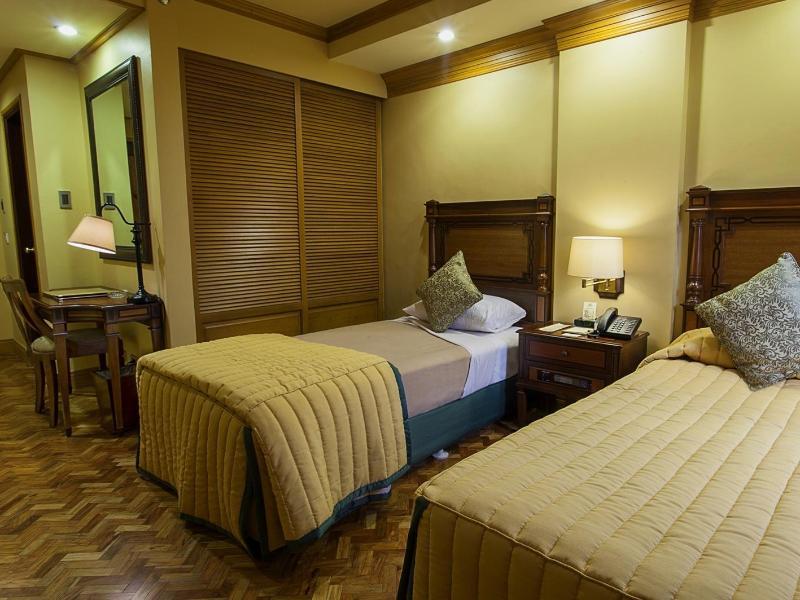 ヘラルド スイーツ ホテル (Herald Suites Hotel)