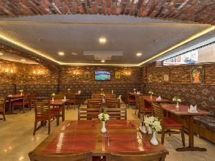 Aprilis Gold Hotel - image 4