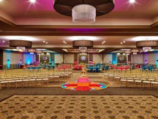 Sheraton Hotel in ➦ Lisle (IL) ➦ accepts PayPal