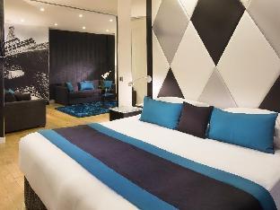 L'Empire Paris Hotel guestroom junior suite